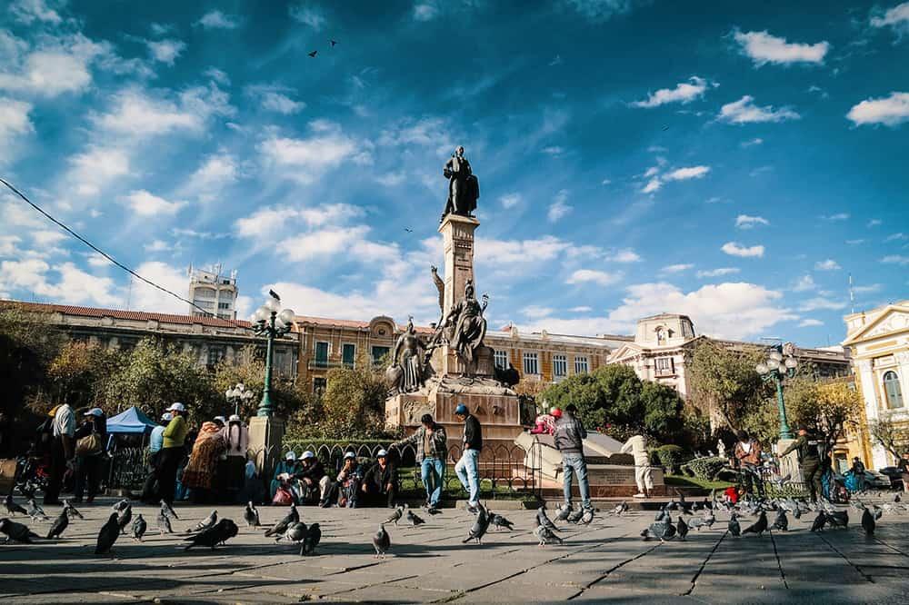 La Paz Statue