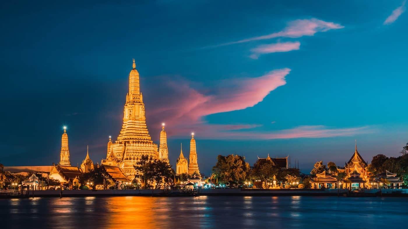 Wat Arun Temple Bangkok in Thailand