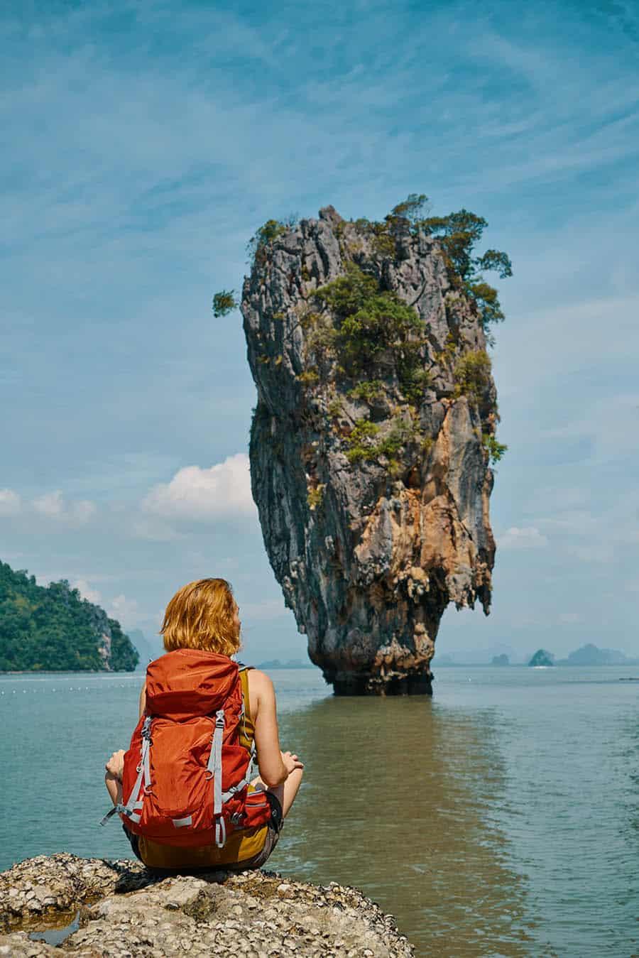 traveling alone woman